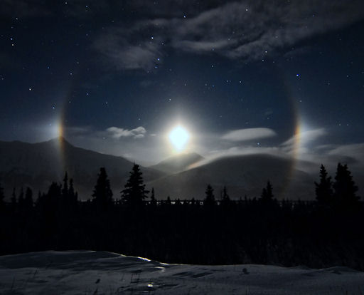 Winter Moondogs Make a Spectacular Appearance – Photo