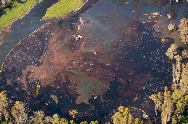 The Giant Louisiana Sinkhole Continues To Grow – Now 7,500 Square Feet Of Land Has Crumbled And Fell In!