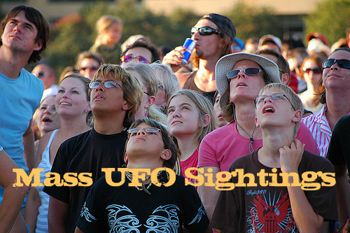 Top Worldwide 18 Mass UFO Sightings
