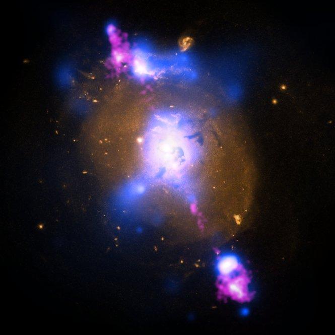 Black Hole-Powered Jets Plow Into Galaxy