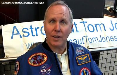 UFO Video From Space Shuttle Discussed By Astronaut, Tom Jones in USA (Video)