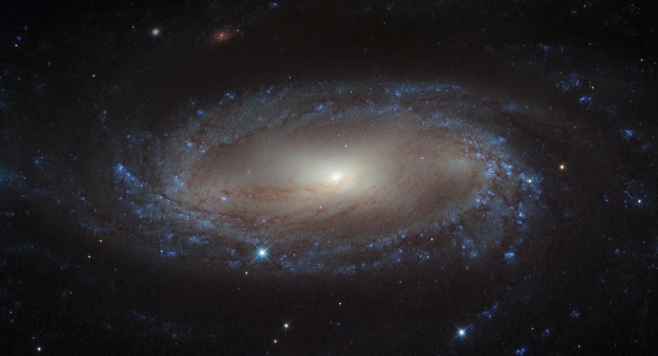 Hubble Catches a Spiral in the Air Pump