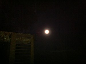 photo full moon 6 j white