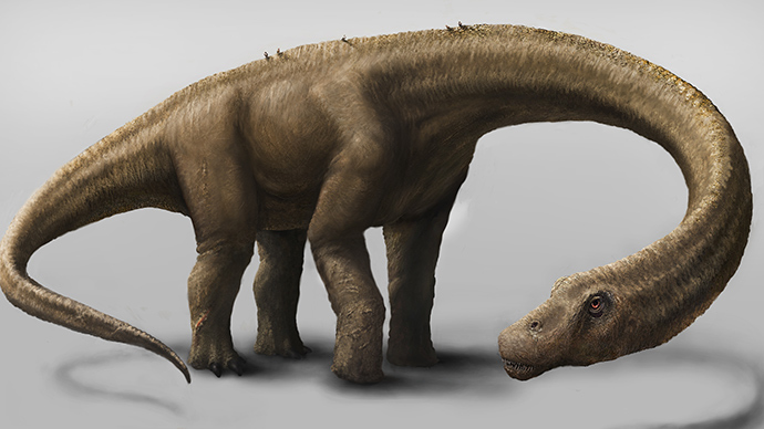 'Biggest land animal' ever? Huge 60-ton dino's bones unearthed in Argentina
