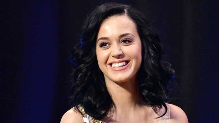Katy Perry Drops Hints That Super Bowl Halftime Show Will Be Awful (Satire)