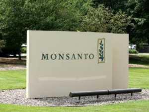 To Land Syngenta, Monsanto offers to change name, incorporate in U.K.