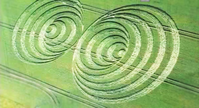 Crop Circles: A Joke or Real Science & Why are Patty Greer's Films Shutout? [VIDEO]