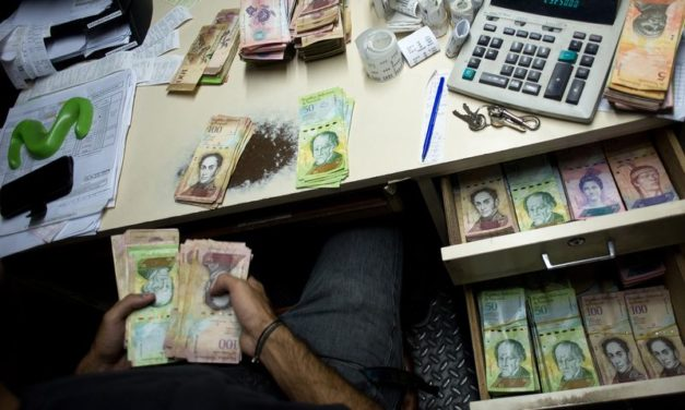 Venezuela's Runaway Inflation – Citizens Have Started Weighing Piles of Cash, Instead of Counting Them