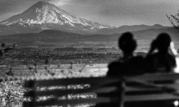 Roughly 120 small quakes rattle Mount St. Helens