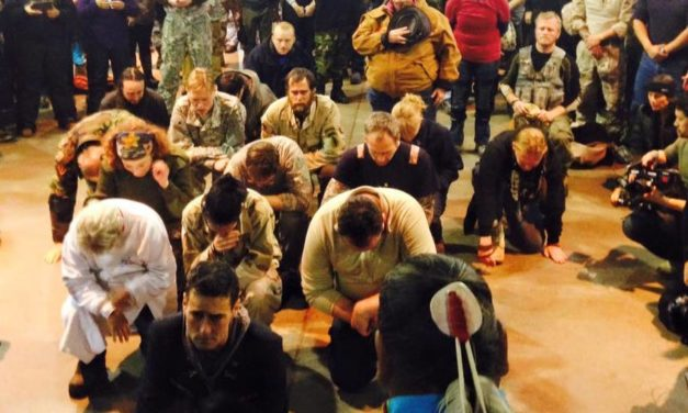 Veterans at Standing Rock Shock Tribe Members, Beg Forgiveness for War Crimes Against Tribal Nations