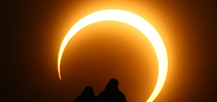August 21, America Will Be Covered By Darkness: TOTAL SOLAR ECLIPSE | Get Properly Prepared To See It