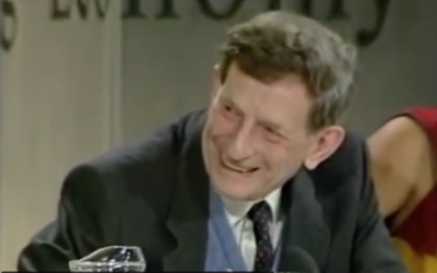 Quantum Physicist David Bohm speaks about Wholeness and Fragmentation [VIDEO]