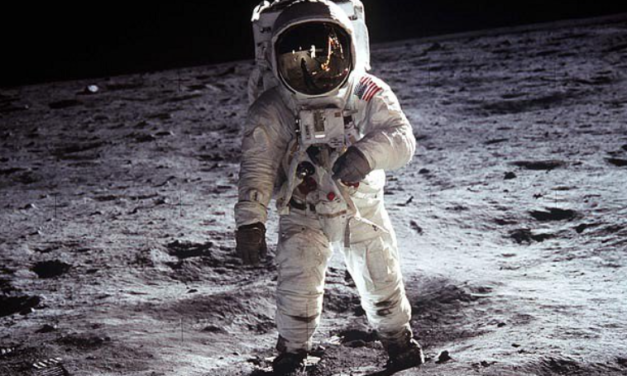 """NASA Announces: """"We Are Returning To The Moon — To Stay"""""""