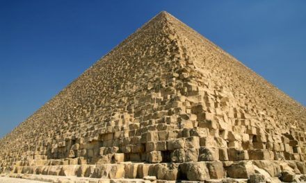 Secret to Great Pyramid's Near-Perfect Alignment Possibly Found