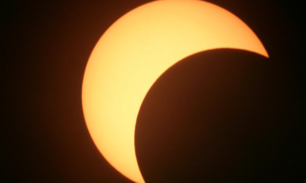 SOLAR ECLIPSE IN AQUARIUS: SHIFTS IN OUR SOCIAL NETWORKS