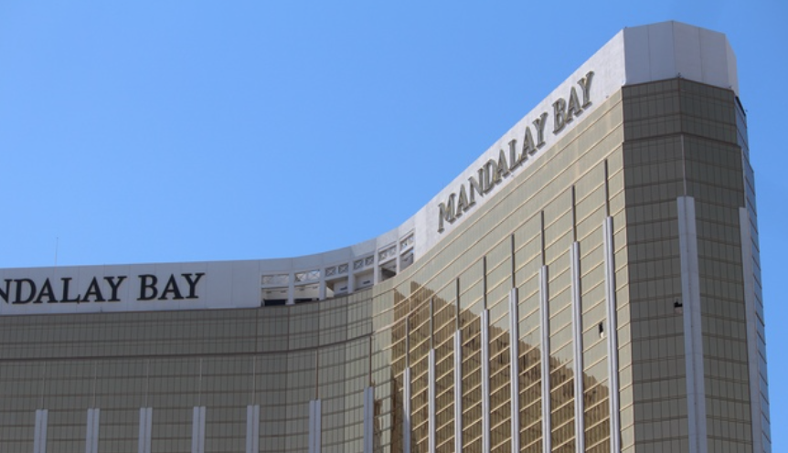 "BIG LAS VEGAS SHOOTING UPDATE: ""JUDGE RULES THAT ALL DOCUMENTS FROM LAS VEGAS METROPOLITAN POLICE DEPARTMENT'S INVESTIGATION OF 1 OCTOBER MUST BE RELEASED WITHIN 30 DAYS."""
