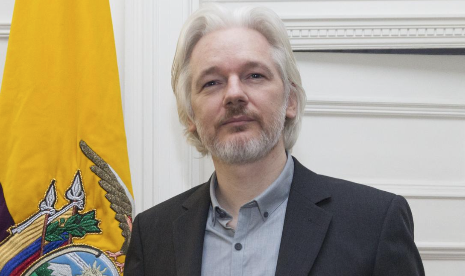 Ecuador Cut Off Julian Assange's Internet For His Political Tirades on Twitter