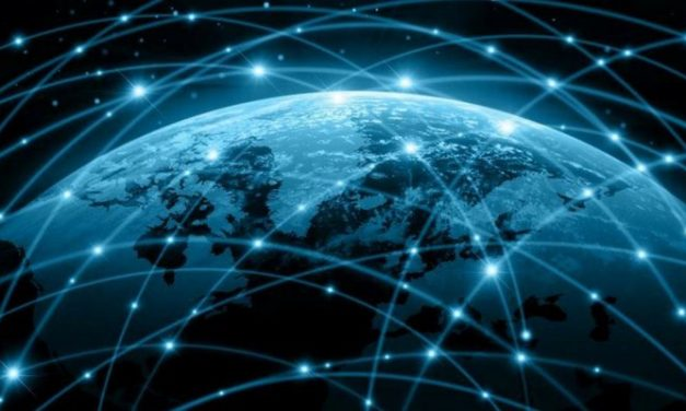 10 Decentralized Social Media Networks to Use Instead of Facebook