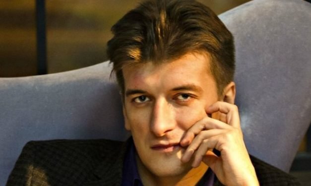 Russian journalist dies after falling from apartment window