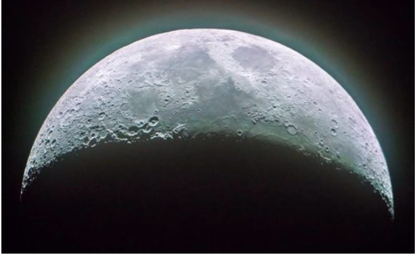 China plans to grow flowers and silkworms in 'mini biosphere' on the dark side of the moon