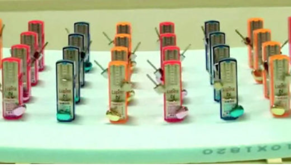 Watch: Thirty-two discordant metronomes achieve synchrony in a matter of minutes