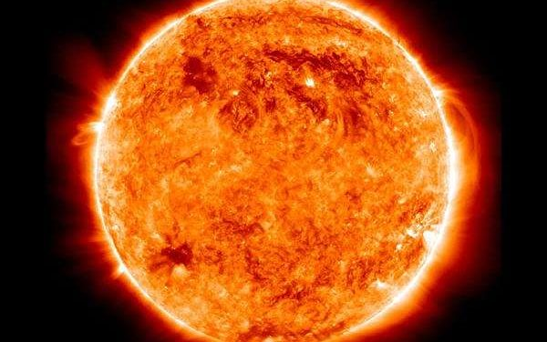 Waves similar to those controlling Earth weather found on the Sun