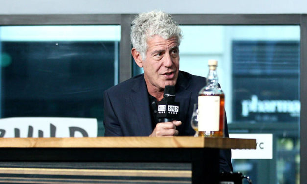 WHAT YOU NEED TO KNOW ABOUT ANTHONY BOURDAIN'S MYSTERIOUS DEATH