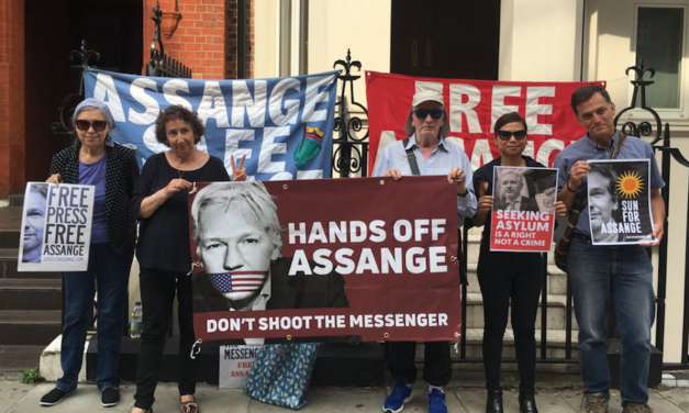 Breaking: Possible Hand-Over Of Julian Assange To The UK May Be Imminent