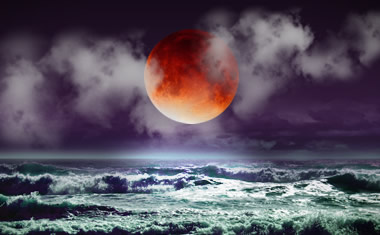 Meg Benedicte – Blood Moon Lunar Eclipse