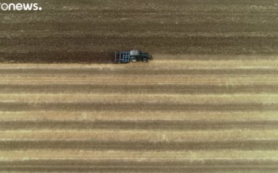 Farmers battle heat and dust across Europe [VIDEO]