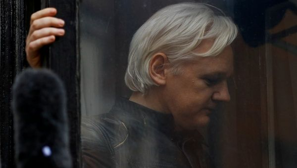 US Senate Committee Calls on Julian Assange to Testify in Russian Interference Probe