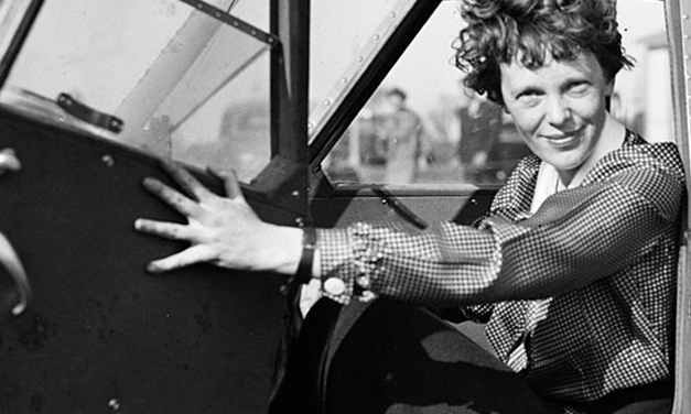 Two 93-Year-Olds Claim They Saw Amelia Earhart Alive