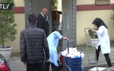 Covering tracks or tidy-up routine? Cleaners enter Saudi consulate hours before investigation [VIDEO]