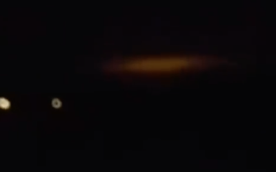 "Man in AWE of mysterious red ""cloud"" in the dark of night [VIDEO]"