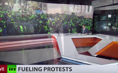 100,000+ people & 2,000 rallies: 'Yellow vest' protest against rising fuel prices hits France [VIDEO]