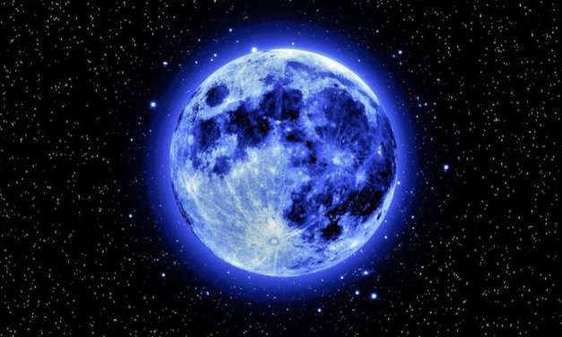 The Cancer Full Moon On December 22nd Is A Gentle Giant, Ending 2018 On A Positive Note