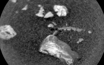 Curiosity Rover Finds Mysterious Metallic Object on Mars