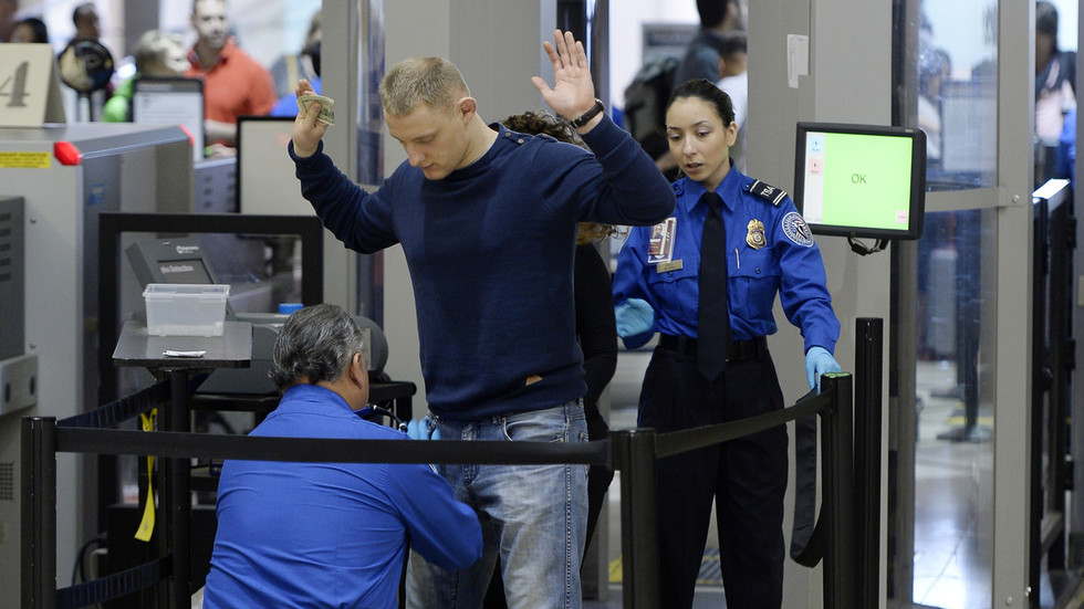 US transport security workers forced to work for free during shutdown call in sick en masse