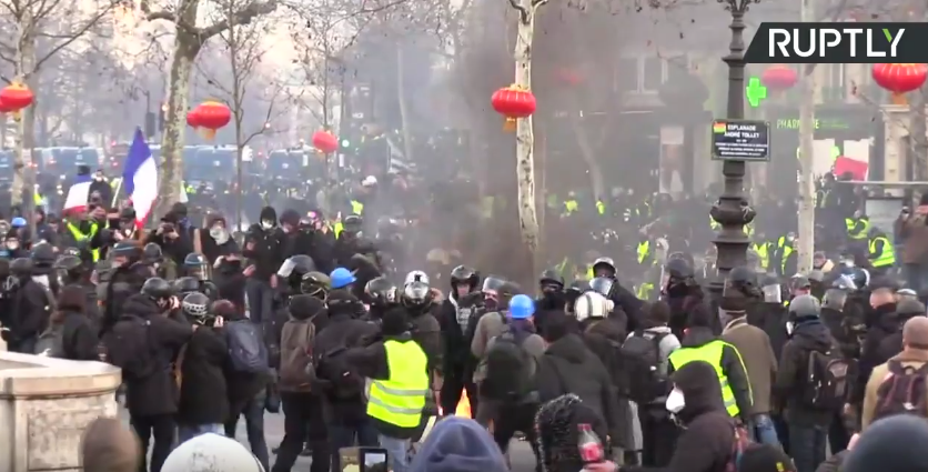 Yellow Vest protest in Paris: Act XII [VIDEO]
