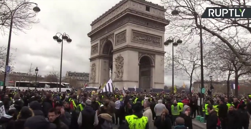 Yellow Vests protest in Paris, Act 18 [VIDEO]