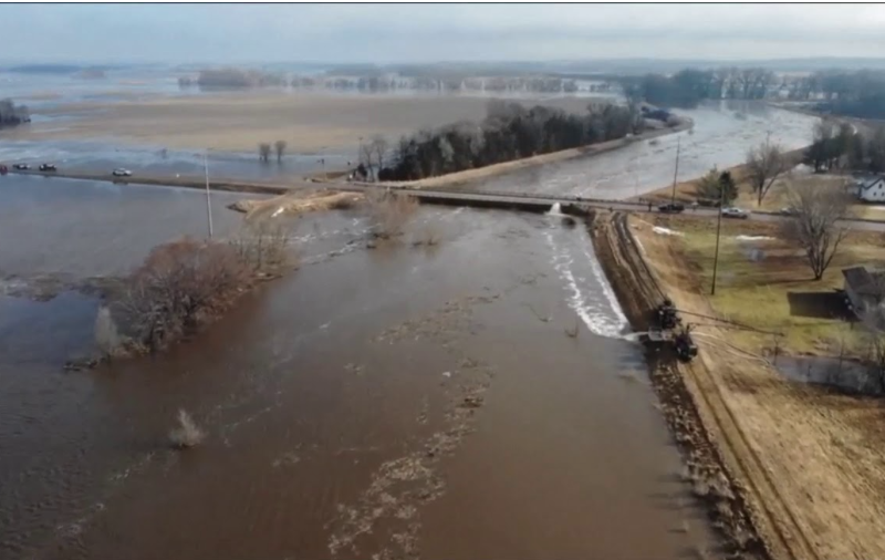 """Catastrophic Flooding In The Midwest Could Last """"For Months"""", And That Is Going To Mean A Dramatic Drop In U.S. Food Production"""