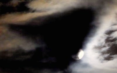 This is what is occurring in the skies above Earth! – Where are they COMING from? [VIDEO]