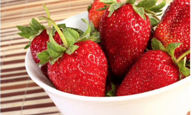 Strawberries Still the Dirtiest of the 'Dirty Dozen'