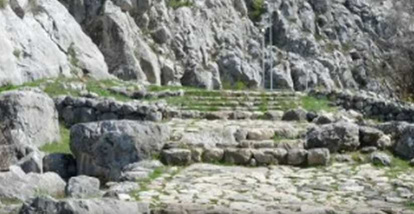 Mysterious Bronze Age Rock Carvings In Turkey Could Be Ancient Calendar [VIDEO]