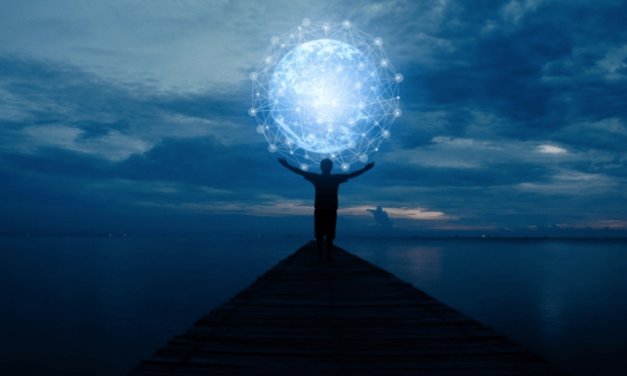 7 ACTIONS AND 10 TOOLS TO MANIFEST ANYTHING
