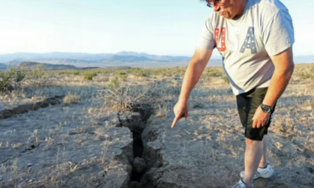 Giant Cracks Appear In Desert Near Epicenter of California's Recent Major Earthquakes