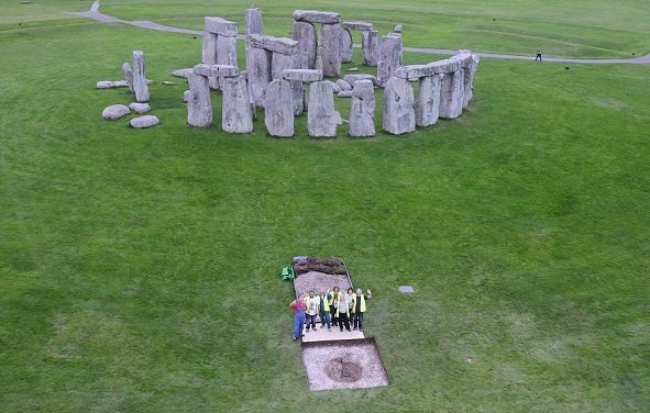 Belgian archaeologist discloses mysteries of Stonehenge