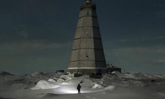 This Meteorologist Spent The Past 30 Years Living Alone at Remote Arctic Outpost