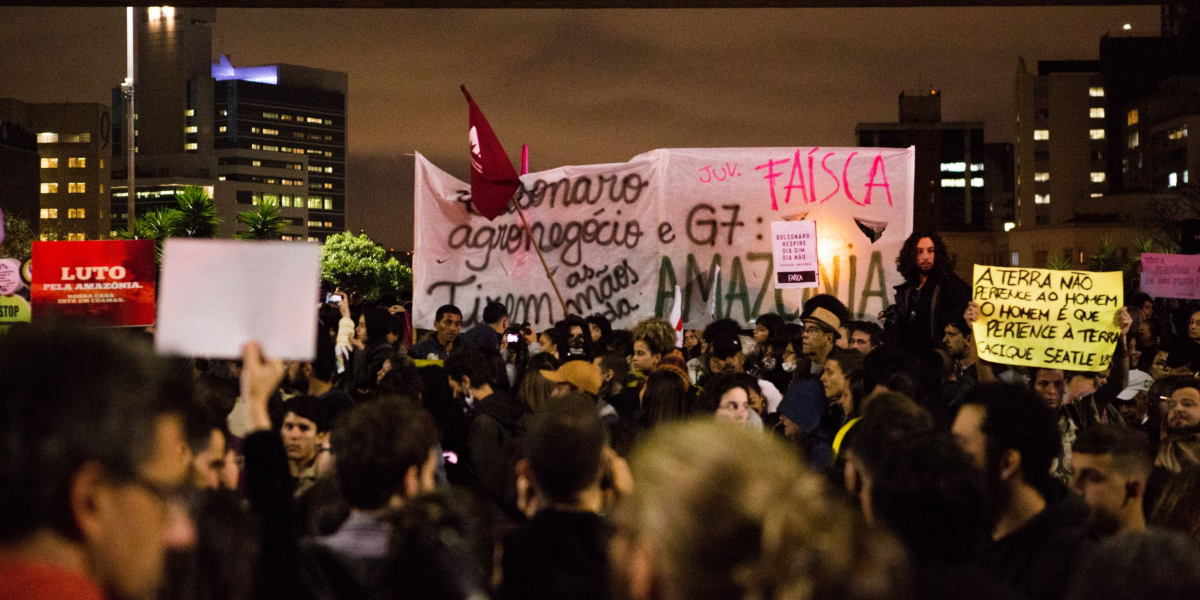 Thousands of people marched in São Paulo to pressure the Brazilian government to do something about the burning Amazon Rainforest