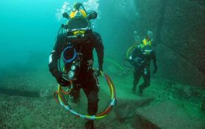 """AT THE BOTTOM OF THE SEA DISCOVERED """"TECHNOLOGY FROM THE FUTURE"""""""